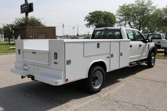 2017 F-550 Crew Cab DRW, Reading Classic II Steel Service Body #FTH3949 - photo 7