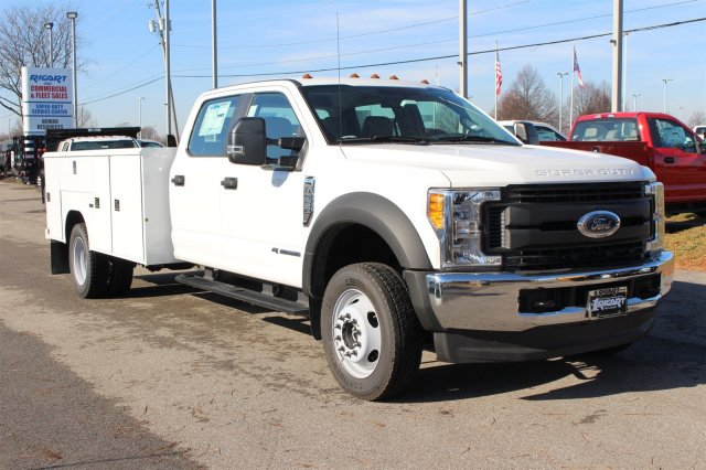 2017 F-550 Crew Cab DRW 4x4, Reading Classic II Steel Service Body #FTH4230 - photo 3