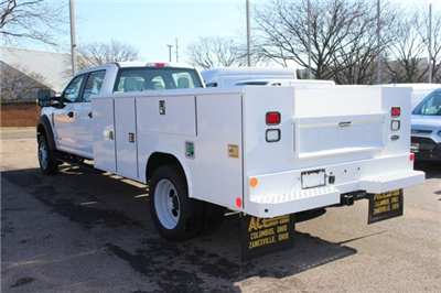 2017 F-550 Crew Cab DRW 4x4, Reading Classic II Steel Service Body #FTH4230 - photo 2