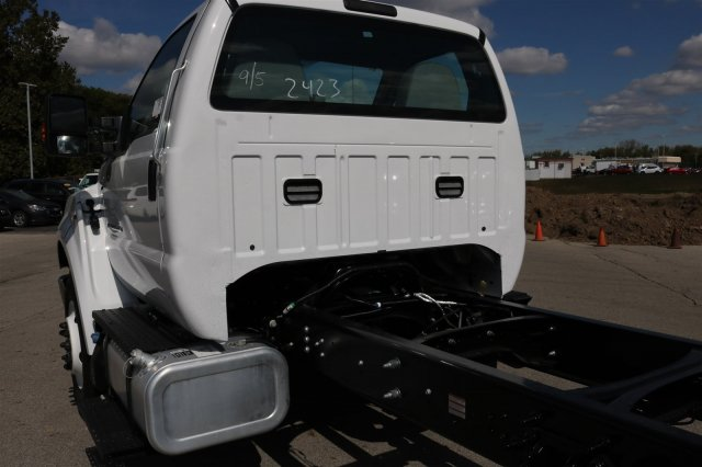 2017 F-750 Regular Cab Cab Chassis #FTH4562 - photo 14
