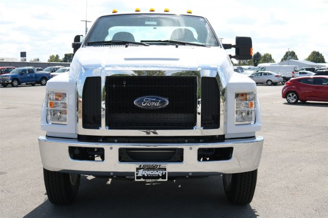 2017 F-750 Regular Cab Cab Chassis #FTH4562 - photo 4