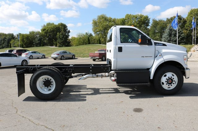 2017 F-750 Regular Cab Cab Chassis #FTH4562 - photo 8
