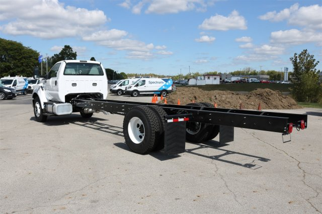 2017 F-650 Regular Cab Cab Chassis #FTH4590 - photo 2