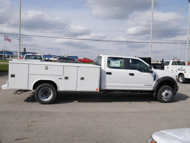 2018 F-550 Crew Cab DRW 4x4,  Reading Service Body #FTJ2561 - photo 8