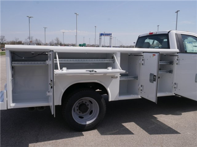 2018 F-550 Regular Cab DRW 4x2,  Reading Classic II Steel Service Body #FTJ2628 - photo 14