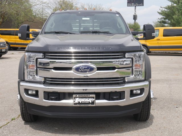 2018 F-550 Crew Cab DRW 4x4,  Hillsboro Platform Body #FTJ2878 - photo 4