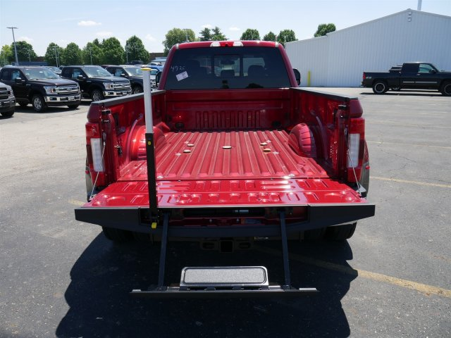 2018 F-450 Crew Cab DRW 4x4,  Pickup #FTJ3478 - photo 22