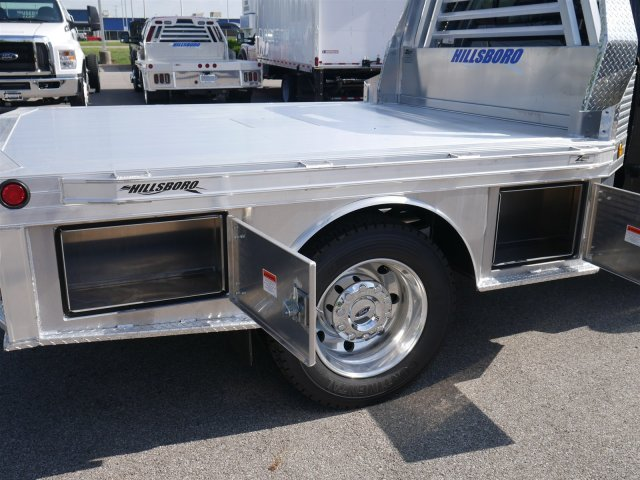 2018 F-550 Crew Cab DRW 4x4,  Hillsboro Platform Body #FTJ4138 - photo 13