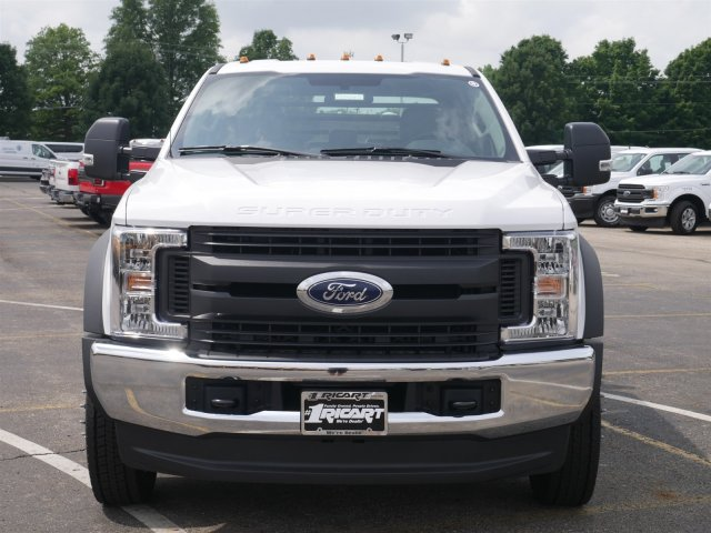 2018 F-550 Crew Cab DRW 4x4,  Freedom Platform Body #FTJ4197 - photo 4