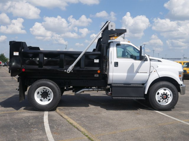 2019 F-750 Regular Cab DRW 4x2,  Rugby Dump Body #FTK1246 - photo 8