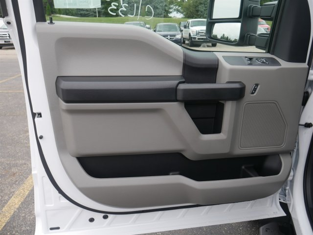 2019 F-550 Regular Cab DRW 4x2,  Cab Chassis #FTK1273 - photo 15