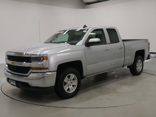 2018 Silverado 1500 Double Cab 4x4,  Pickup #FTK1317A - photo 4