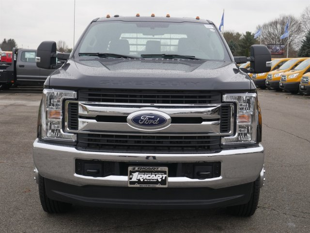 2019 F-350 Crew Cab DRW 4x4,  CM Truck Beds Platform Body #FTK1506 - photo 5