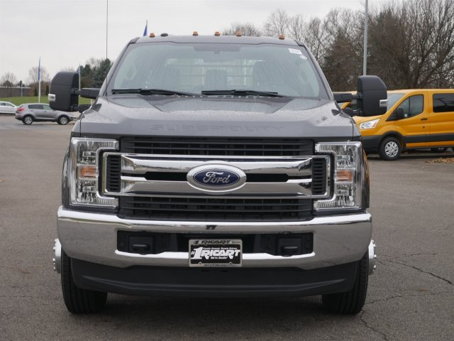2019 F-350 Crew Cab DRW 4x4,  CM Truck Beds Platform Body #FTK1507 - photo 5