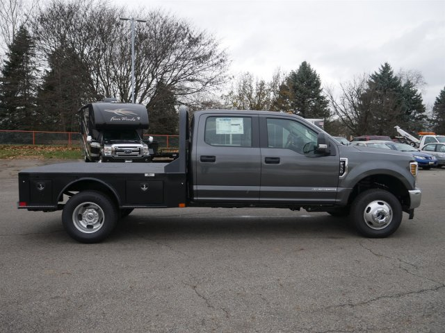 2019 F-350 Crew Cab DRW 4x4,  CM Truck Beds Platform Body #FTK1507 - photo 9