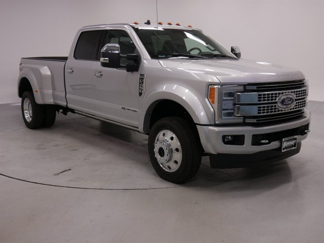 2019 F-450 Crew Cab DRW 4x4,  Pickup #FTK1635 - photo 3