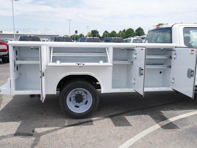 2019 Ford F-550 Crew Cab DRW 4x4, Reading Service Body #FTK3763 - photo 1