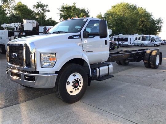 2021 Ford F-750 Regular Cab DRW RWD, Cab Chassis #FTM1049 - photo 1
