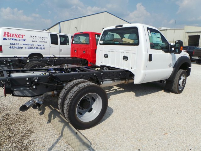 2016 F-550 Regular Cab DRW 4x4, Cab Chassis #GEA51397 - photo 2