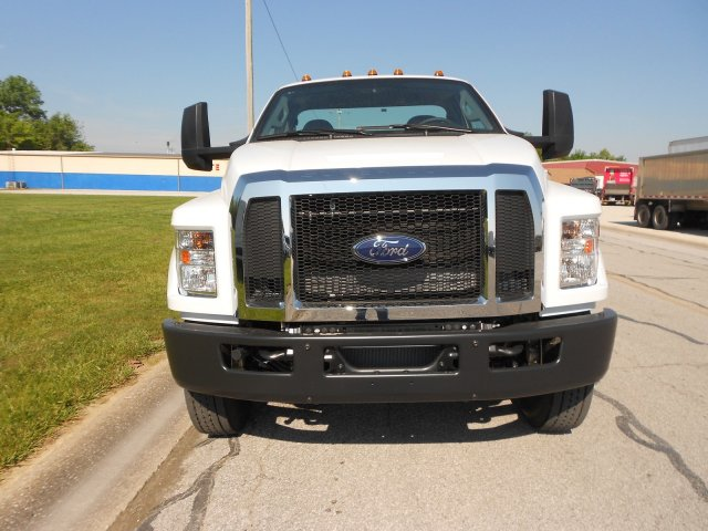 2017 F-650 Regular Cab, Cab Chassis #RF932 - photo 3