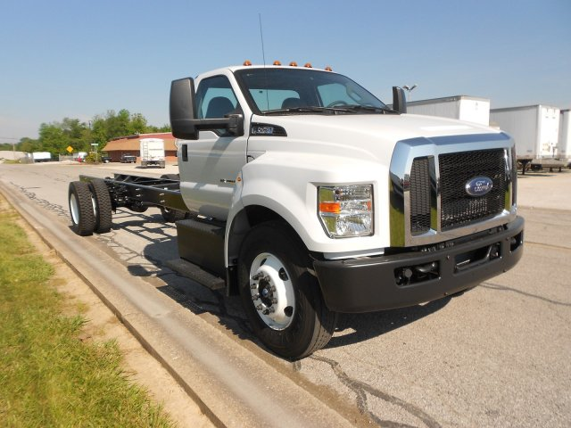 2017 F-650 Regular Cab, Cab Chassis #RF932 - photo 4