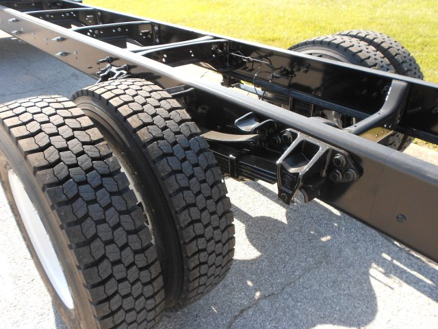 2017 F-650 Regular Cab, Cab Chassis #RF932 - photo 8