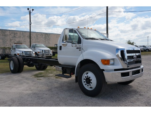 2015 F-650 Regular Cab DRW,  Cab Chassis #V723747 - photo 1