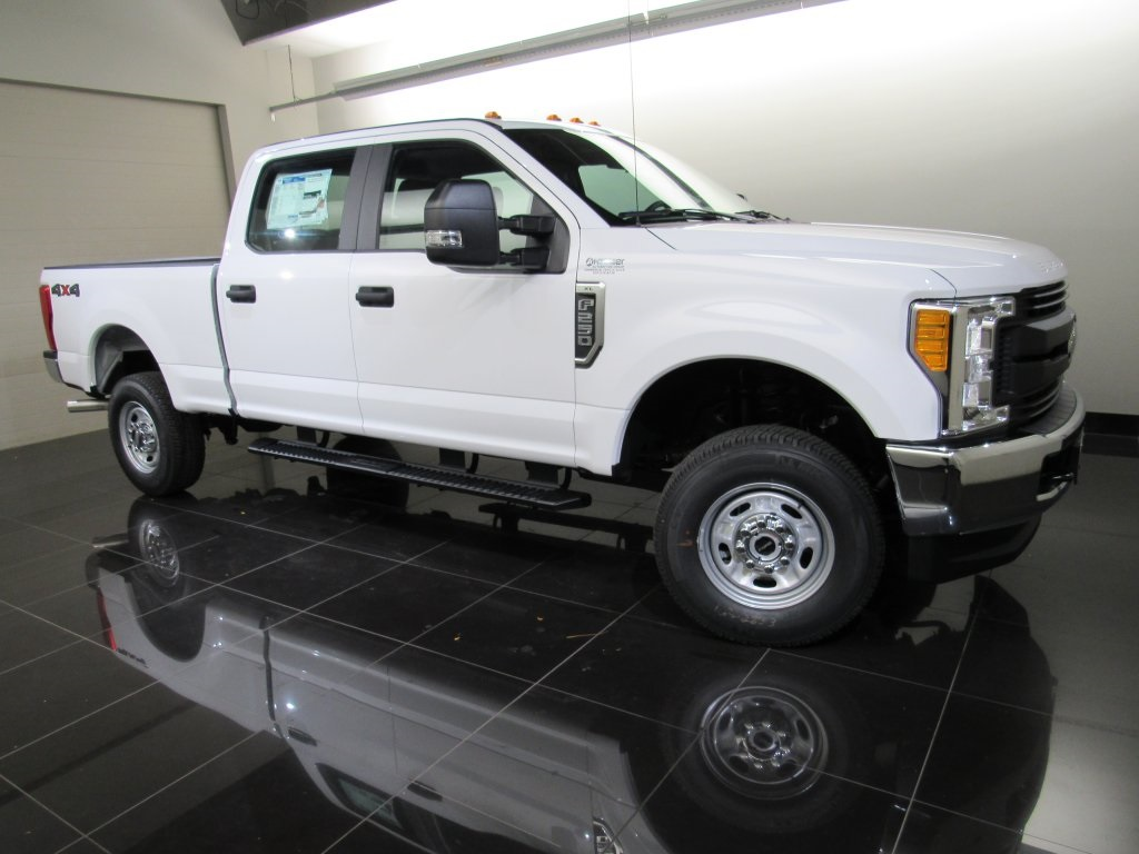 2017 F-250 Crew Cab 4x4 Pickup #H0084 - photo 10