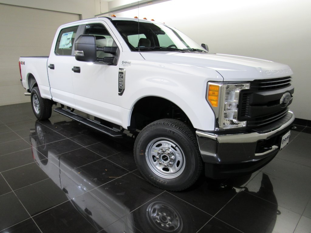 2017 F-250 Crew Cab 4x4 Pickup #H0084 - photo 8