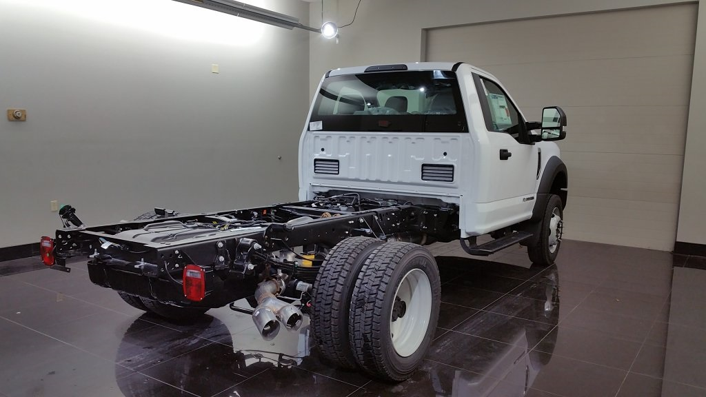 2017 F-550 Regular Cab DRW 4x4,  Cab Chassis #H0763 - photo 5