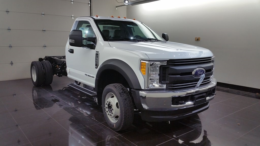 2017 F-550 Regular Cab DRW 4x4, Cab Chassis #H0772 - photo 3