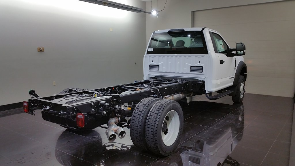 2017 F-550 Regular Cab DRW 4x4, Cab Chassis #H0772 - photo 4