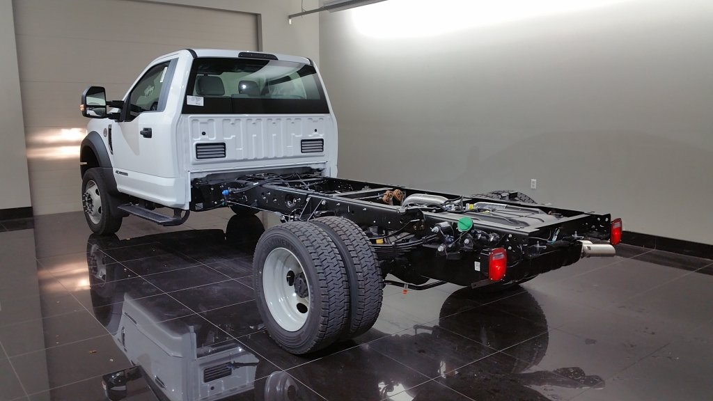 2017 F-550 Regular Cab DRW 4x4, Cab Chassis #H0772 - photo 2
