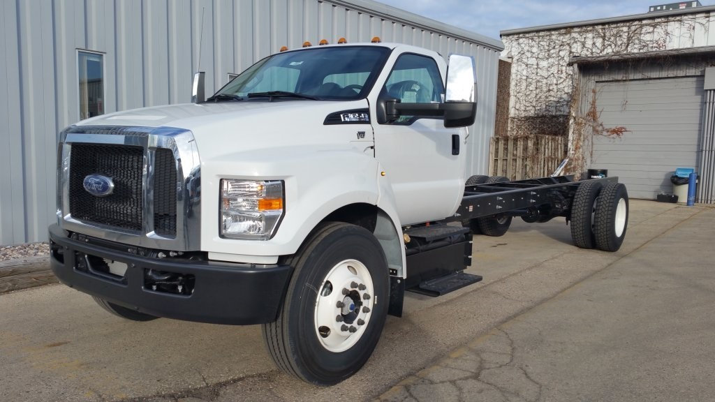 2017 F-650 Regular Cab DRW, Cab Chassis #H0821 - photo 5