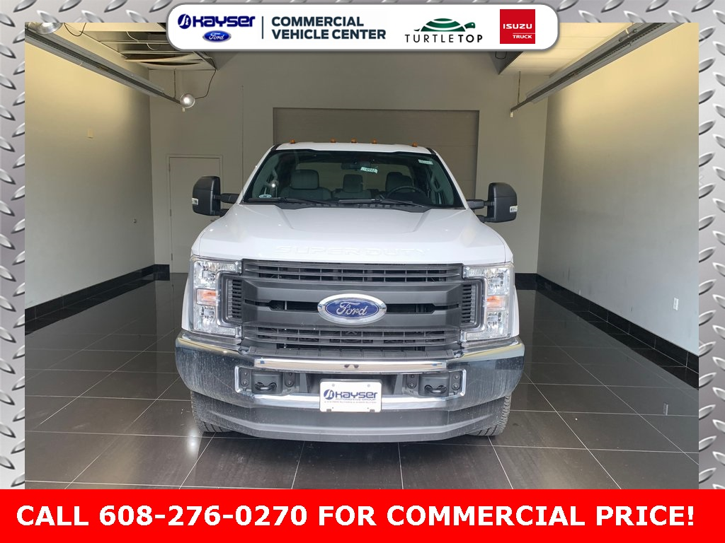 2019 F-250 Super Cab 4x4,  Reading Service Body #K0707 - photo 3
