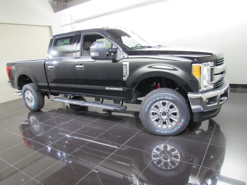 2017 F-350 Crew Cab 4x4 Pickup #S1551 - photo 3