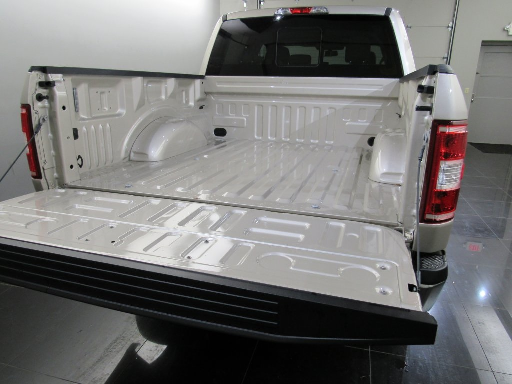 2018 F-150 SuperCrew Cab 4x4,  Pickup #T9884 - photo 12