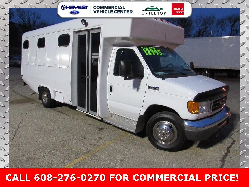 2007 Ford E-450 4x2, Other/Specialty #UT3045 - photo 1