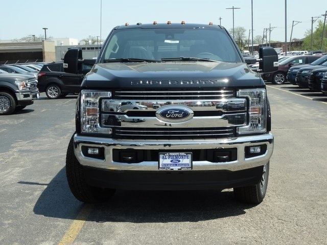 2018 F-250 Crew Cab 4x4, Pickup #00055643 - photo 5