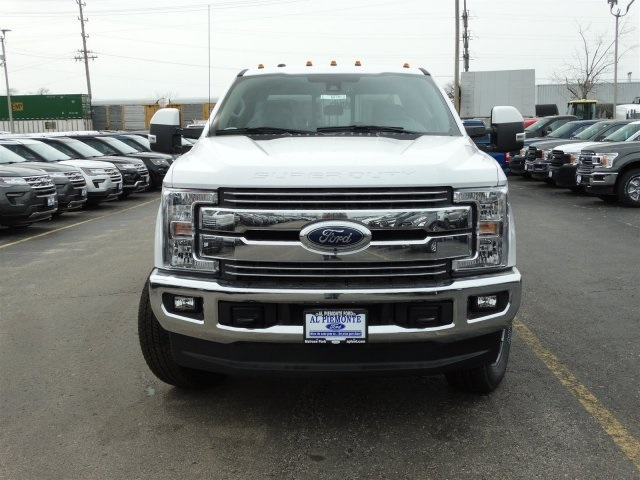 2018 F-250 Crew Cab 4x4, Pickup #00055701 - photo 3
