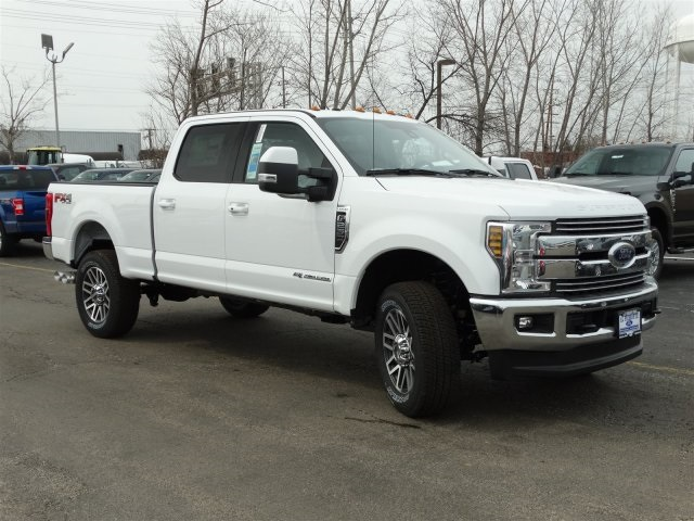 2018 F-250 Crew Cab 4x4, Pickup #00055701 - photo 4