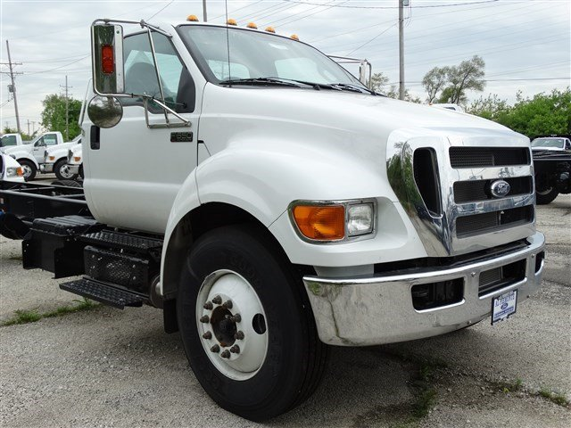 2015 F-650 Regular Cab DRW, Cab Chassis #51541 - photo 4