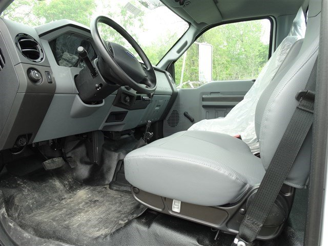 2015 F-650 Regular Cab DRW, Cab Chassis #51541 - photo 9