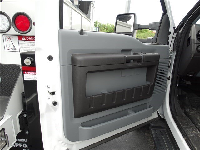 2016 F-450 Regular Cab DRW, Knapheide Service Body #52919 - photo 8