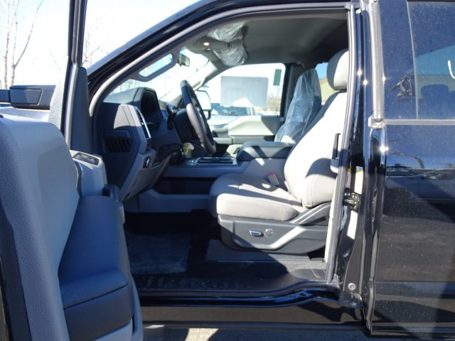 2017 F-250 Super Cab 4x4, Pickup #54190 - photo 11
