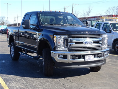 2017 F-250 Super Cab 4x4, Pickup #54190 - photo 4
