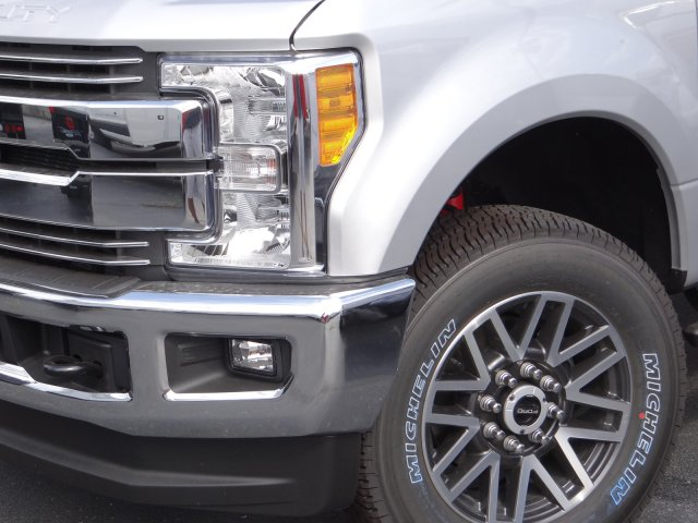 2017 F-250 Crew Cab 4x4 Pickup #55104 - photo 3
