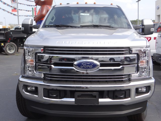 2017 F-250 Crew Cab 4x4 Pickup #55104 - photo 4