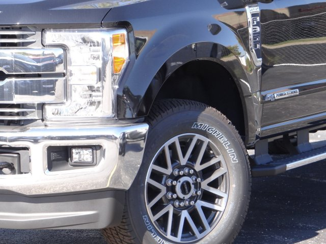 2017 F-350 Crew Cab 4x4 Pickup #55170 - photo 3