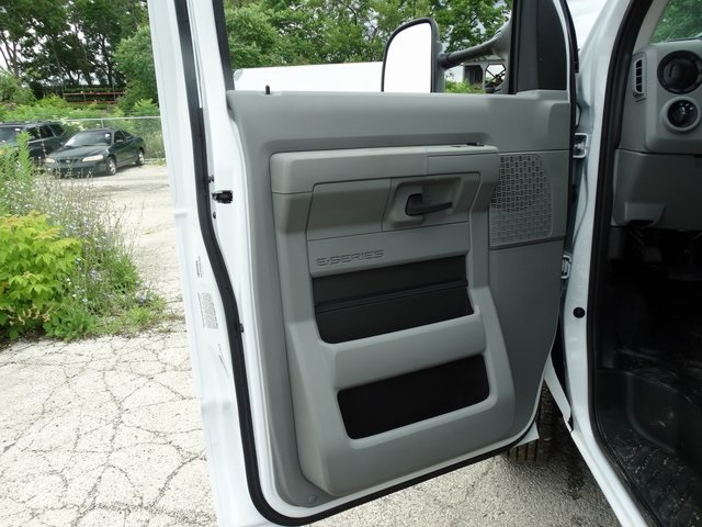 2018 E-350 4x2,  Rockport Cutaway Van #56061 - photo 9